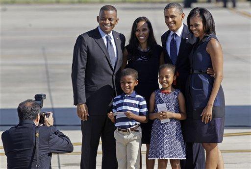 President and Mrs. Obama, Mayor Anthony Foxx, Mrs. Samara Foxx and children Hillary and Zachary.